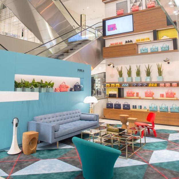 #ELLEFashionSpot : le pop-up store Furla à l'Espace Atrium du Printemps Mode