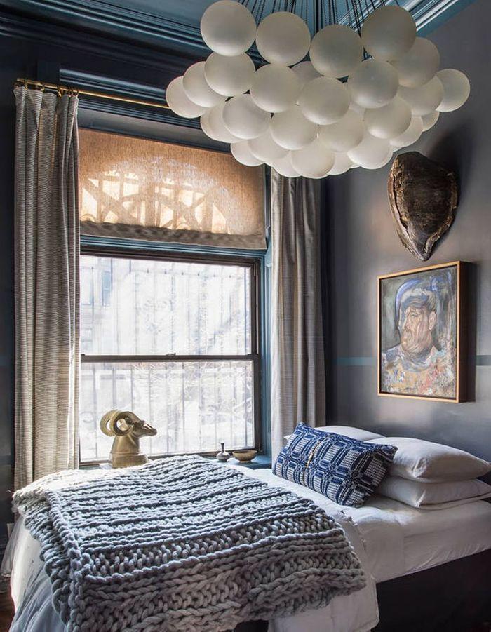 Une chambre bleue de caractère