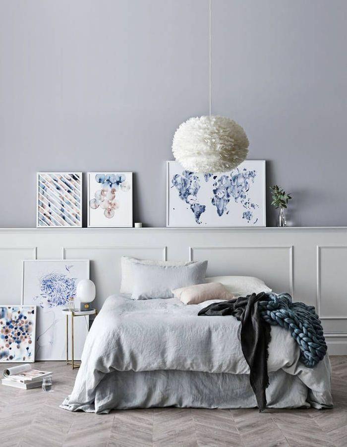 Une chambre bleue féminine