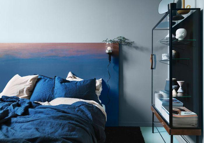 Une chambre bleue tout en camaïeu