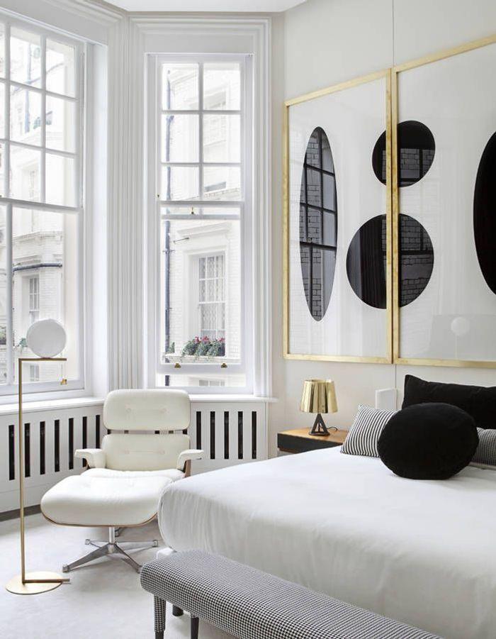 Installer un fauteuil imposant pour un espace cosy autre que le lit
