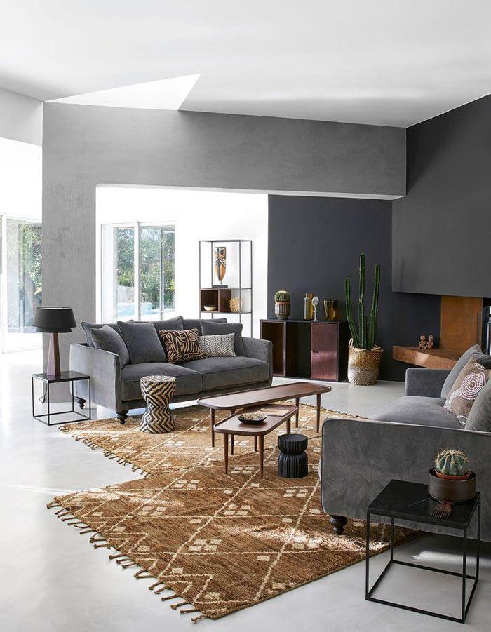 Un mur coloré en gris anthracite