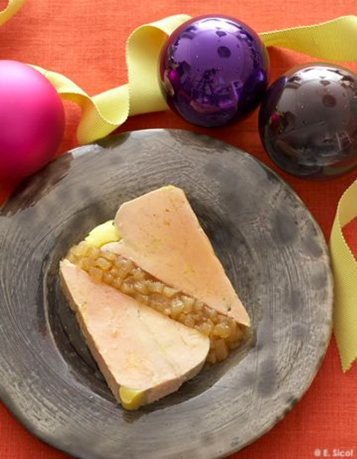 Terrine de foie gras mi-cuit caramélisé aux poires